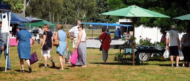 Cowra Collectors Club  Market