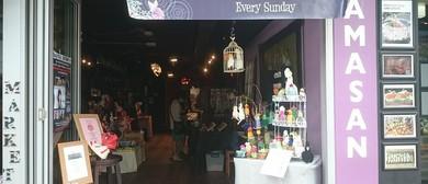 Mamasan Market